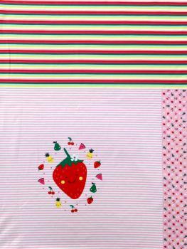 Baumwolljersey Panel ca 100 cm Erdbeere auf Blumen